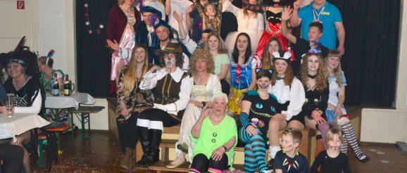 Obergrochlitzer Karnevalisten bei Mehlschen Lumpen zu Gast