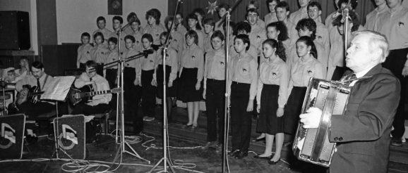 """Obergrochlitzer Jugendgesangsensembles """"Deutsch-Sowjetische Freundschaft"""" (DSF-Chor)"""