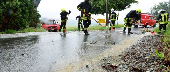 Obergrochlitzer und Hohndorfer Feuerwehren im Sonntagseinsatz